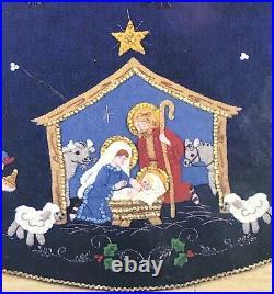 BUCILLA BLUE FELT NATIVITY TREE SKIRT Applique Kit Christmas #82720 43 Sealed