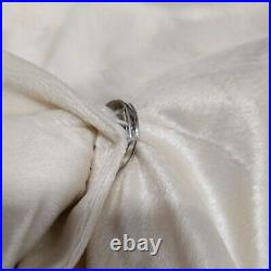 Balsam Hill Ivory Faux Fur Tree Skirt 72 Snap Closure (-NewithOPEN -)