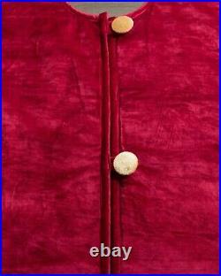 Balsam Hill Vintage/Nostalgic MERRY CHRISTMAS Red Velvet 60 Tree Skirt