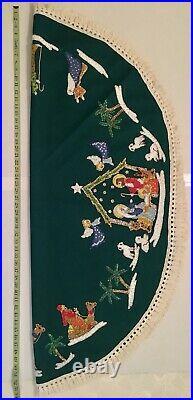 Beautiful Vintage Handmade Nativity Story Christmas Tree Skirt /Table Cloth