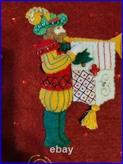Bucilla 12 DAYS OF CHRISTMAS Partridge in a Pear Tree Felt Tree Skirt Finished