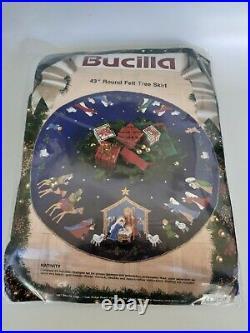 Bucilla 43 Nativity Round Felt Tree Skirt Kit 1991 Christmas Blue Applique