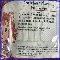 Bucilla 86245 Raggedy Ann CHRISTMAS MORNING Felt TREE SKIRT Kit New Rare