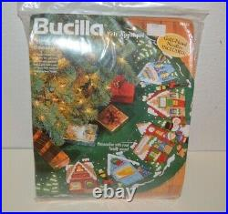 Bucilla Felt Appliqué 83980 Christmas Village 43 Round Tree Skirt Kit- New