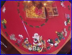 Bucilla WOODLAND HOLIDAY Felt Christmas Tree Skirt KitSterilized 43 Vintage