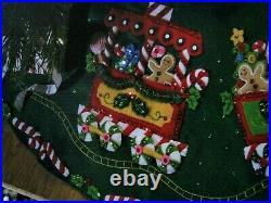 Christmas BUCILLA Felt Applique TREE SKIRT Kit, CANDY EXPRESS, Train, 43,86158