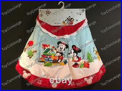^ DISNEY Store CHRISTMAS TREE SKIRT MICKEY MOUSE & FRIENDS HOLIDAY NWT