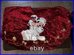 Disney Parks Mickey And Minnie Mouse Victorian Christmas Tree Skirt Rare