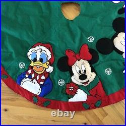 Disney Parks Mickey Minnie Goofy Donald Duck Christmas Tree Skirt 50 in
