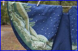 Gorgeous handmade Wool Needlepoint CHRISTMAS TREE SKIRT 41 Nativity