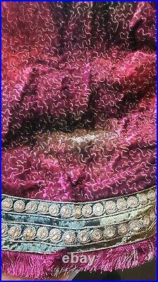 Jay Strongwater Christmas Tree Skirt Puzzle Jeweled Edge Burgundy Siam Brand New