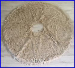 NEW Anthropologie Faux Fur Tree Skirt, OS