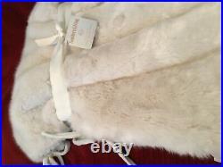 NEW Southern Living Faux Fur Tree Skirt WHITE Christmas HIGH QUALITY Retail $169
