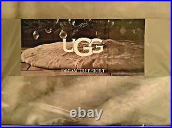 NIB UGG Australia DREAM XMAS Tree Skirt Faux Fur 54 Round/Luxuriously Soft