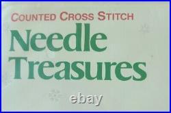 Needle Treasures Christmas Cross Stitch Tree Skirt Sing Along Peanuts 2853