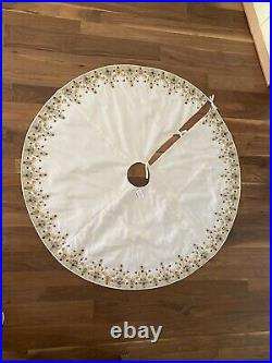 Neiman Marcus Beaded/Jeweled Christmas Tree Skirt 55 White New With Tag