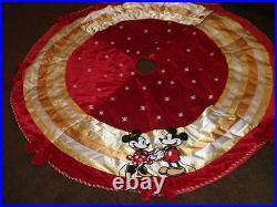 New Disney MICKEY & MINNIE 56 Inch Christmas Tree Skirt RARE BEAUTIFUL NEW