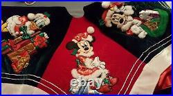 New Disney Parks Mickey and Minnie Mouse VELVET Christmas Tree Skirt