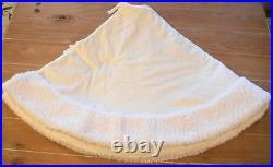 New Pottery Barn IVORY VELVET Faux Sheepskin Border Christmas Tree Skirt 60