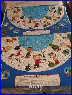 PEANUTS Christmas Tree Skirt Full 2 Panels CHARLIE BROWN SNOOPY DIY Craft Sewing