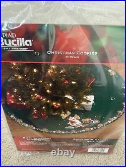Plaid Bucilla Discontinued Christmas Cookies Felt Tree Skirt Kit 86149 HTF