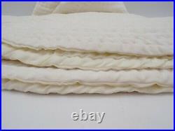 Pottery Barn Channel Quilted Velvet Holiday Tree Skirt Large 60Diam White #9928