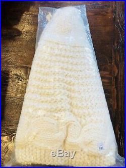 Pottery Barn Chunky Knit Tree Skirt Christmas Ivory Decor New