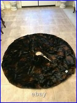 Pottery Barn Faux Fur Tree Skirt Brown Bear Christmas Pre0wned
