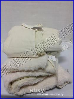 Pottery Barn Velvet Faux Sheepskin Border Trim Christmas Tree Skirt Ivory