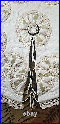 Quilted Christmas Tree Skirt withSatin Gold Crochet Hand Made 60 Cream White