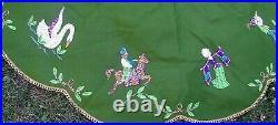 RARE Leewards 12 Days Christmas Vintage Felt Tree Skirt Table Cover Like Bucilla