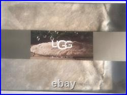 Ugg Dream Faux Fur Christmas 54 Tree Skirt NEW in Box Fawn NEW