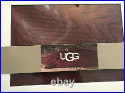 Ugg Dream Hand Knit Crimson Chunky Christmas 54 Tree Skirt NEW In Box