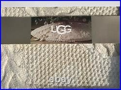Ugg Dream Hand Knit Ivory Christmas 54 Tree Skirt NEW In Box