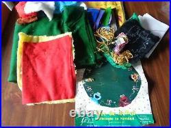 Vintage Big Plush Felt Christmas Tree Skirt Kit Sesame Street Muppets Open Rare